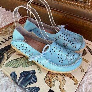 Fantiny soft blue leather slip on shoes